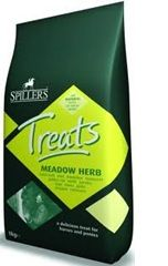 SPILLERS - Meadowherb Treats Golosinas H1 - 1 Kg
